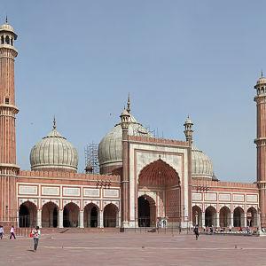 Мечеть Аврангзеб