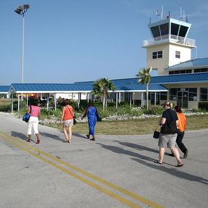 Международный аэропорт имени капитана Чарльза Киркконнелла