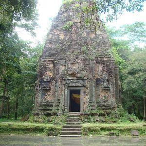 Храмы Самбо Прей Кук