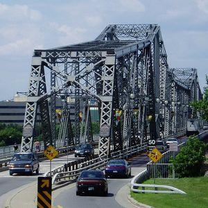 Мост Александры