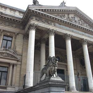 Здание Брюссельской биржи